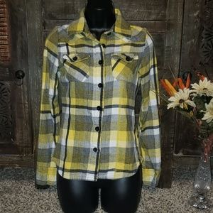 Sz S O'Neill plaid flannel button up